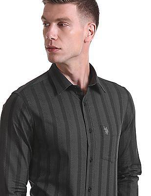 USPA Tailored Tailored Regular Fit Patterned Shirt