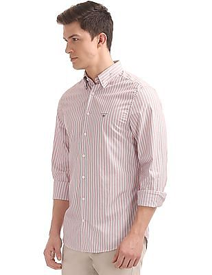 Gant Tech Prep Broadcloth Stripe Slim Hidden Button Down Shirt