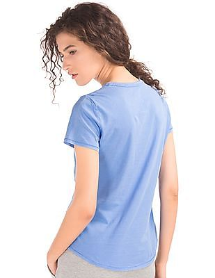 GAP Vintage Wash Crew Neck Tee