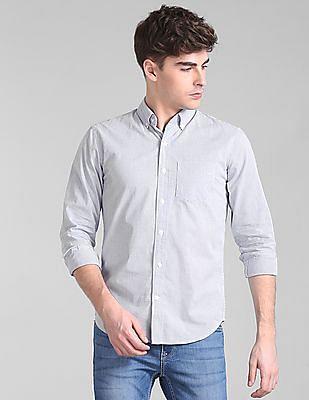 GAP Standard Fit Check Shirt