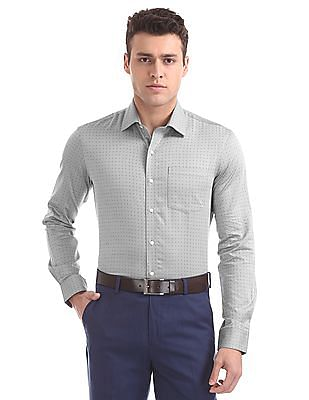 Arrow Slim Fit Cutaway Collar Shirt