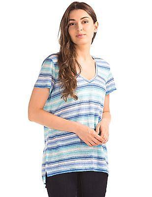 GAP Women Blue Linen V-Neck Slim Tee