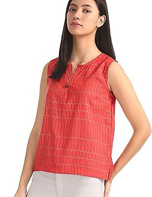 Bronz Red Notched Round Neck Printed Top