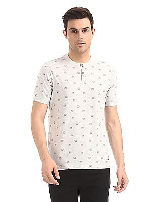 Cherokee Sea Shell Print Henley T-Shirt