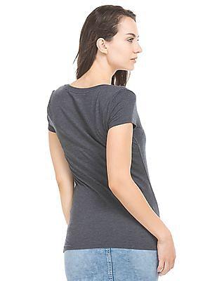 Aeropostale Printed Front V-Neck T-Shirt