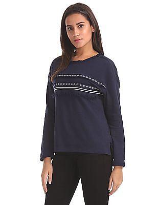 Elle Round Neck Tassels Details Sweatshirt